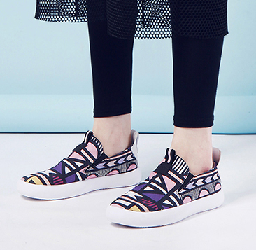 彩虹粗线条帆布鞋