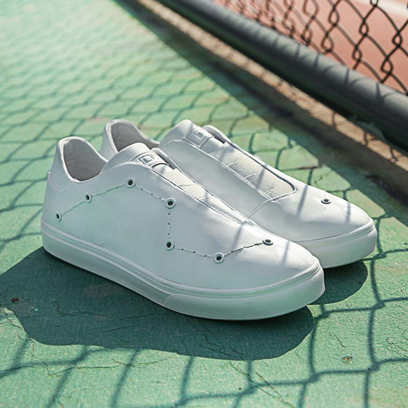 星河系列 白色休闲鞋 女